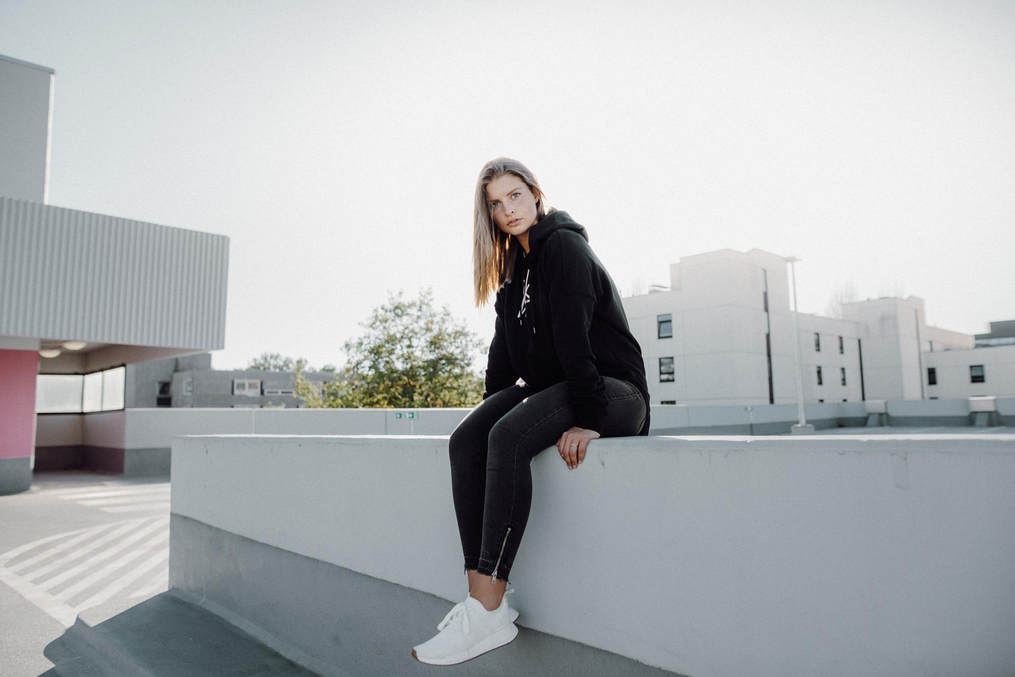 lajk_hoodie
