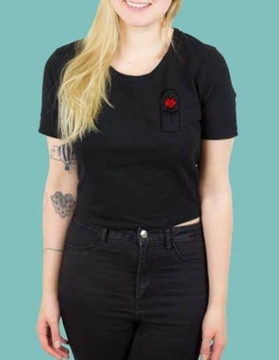 rose_schwarz_shirt_kurz_girl.jpg
